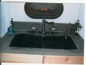 Natural-cleft-bluestone-sink-top-with-backsplash
