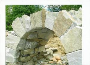 Natural-granite-arch