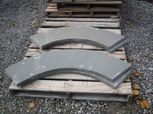 Curved-thermal-bluestone-coping