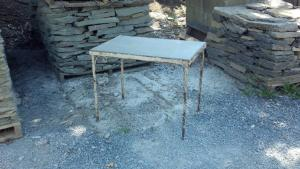 Natural-cleft-bluestone-table